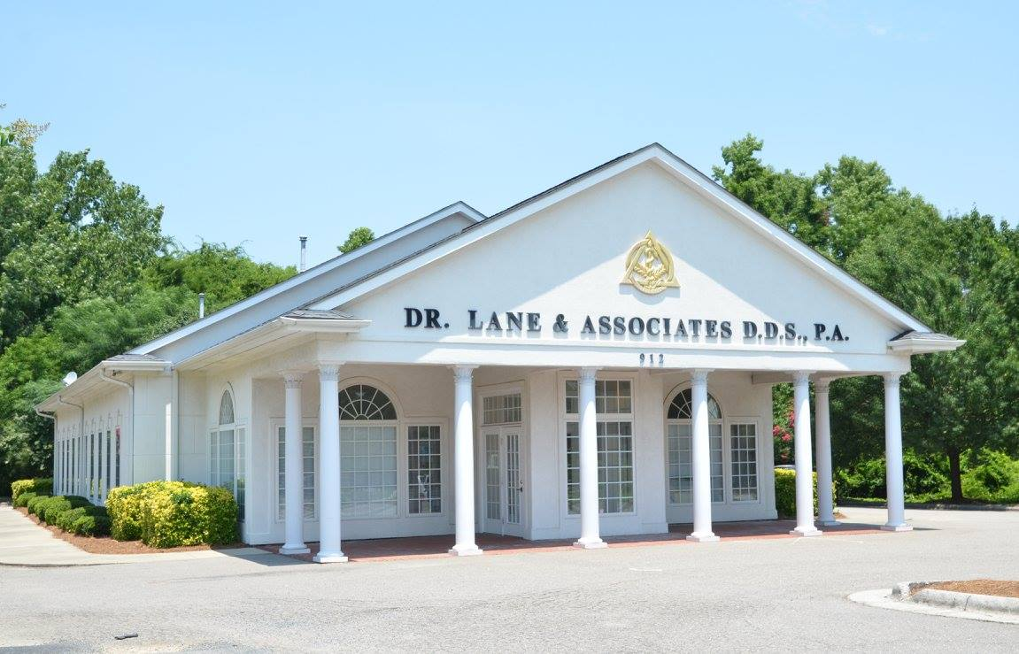 THREE BEST RATED DENTISTS IN FAYETTEVILLE, NC! - Lane
